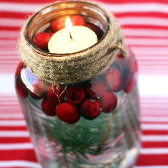 DIY Holiday Mason Jar Floating Candle