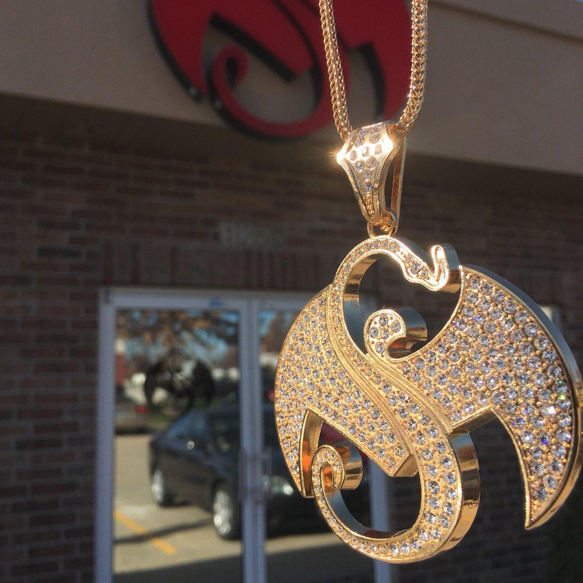 Tech n9ne on twitter brand new gold snake bat pendant 50 off tech n9ne on twitter brand new gold snake bat pendant 50 off right now at httpstuxfjz0thpz aloadofball Gallery