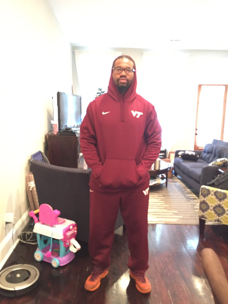 They said all-maroon is the attire. #ALLIN #Hokies #LPD #ACCChampionship https://t.co/dKVpnPC6ys