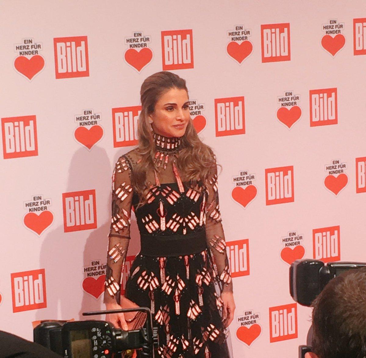 Ein Herz Für Kinder On Twitter Es Ist Eine Ehre Königin Rania Von