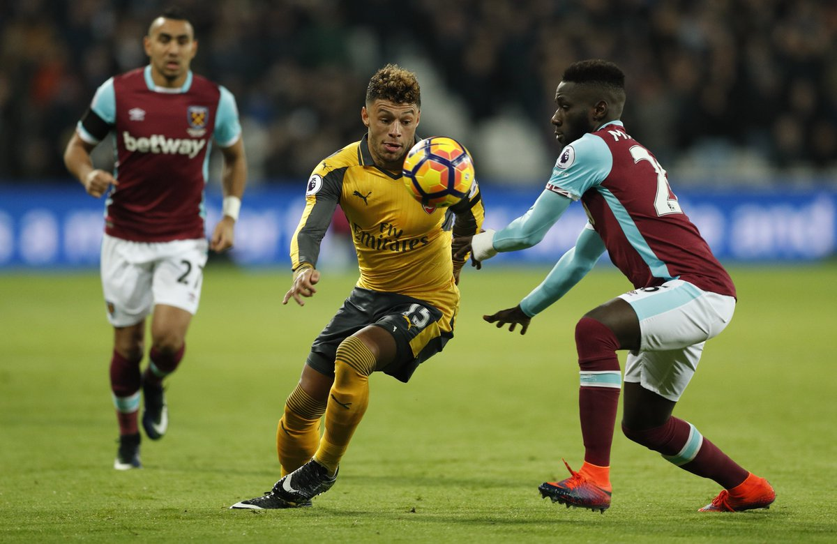 'Selfish early on, Just cut out the sloppiness!' – Twitter reacts to Arsenal star's show at West Ham