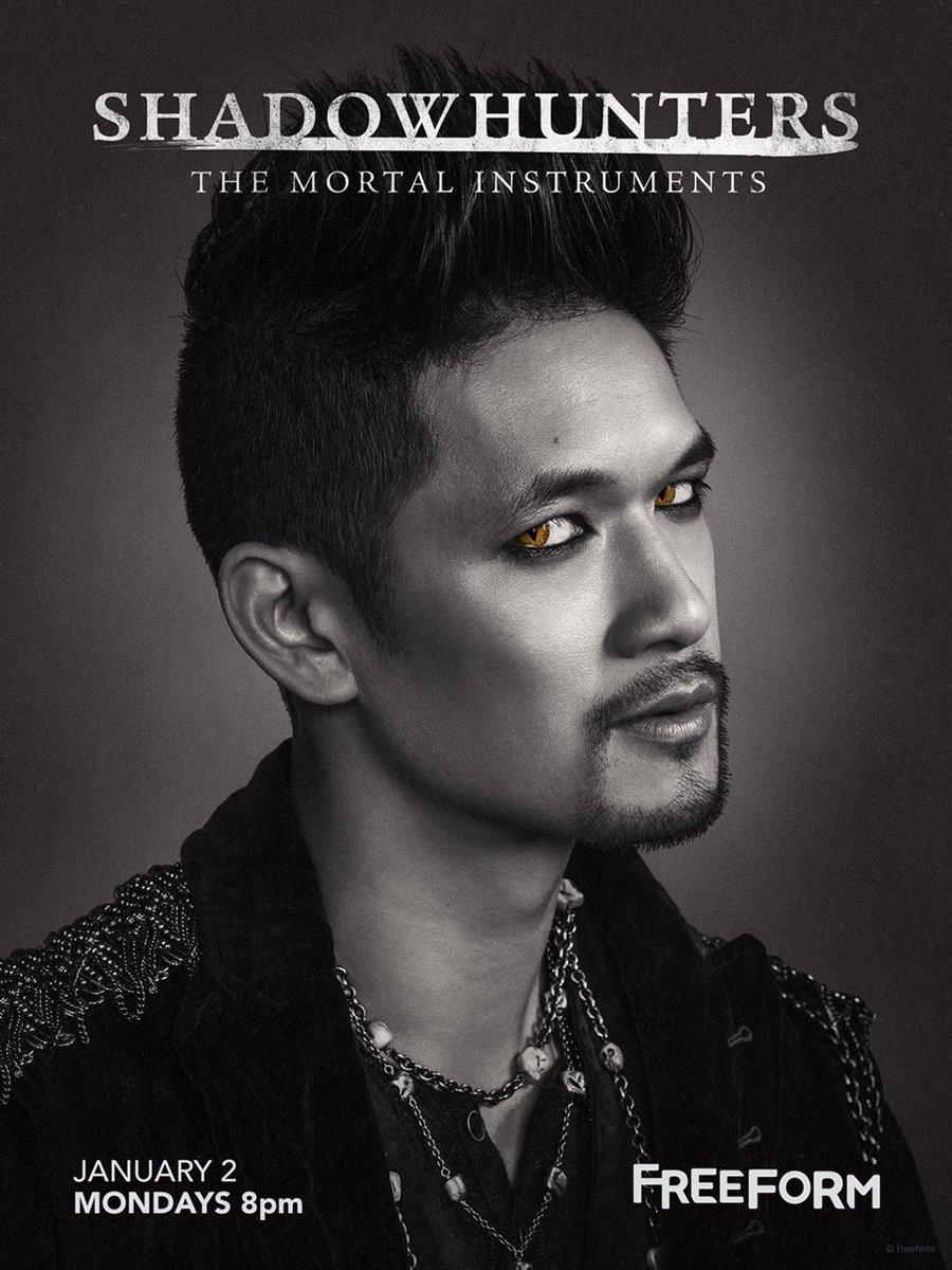 The Magnus Bane of my existence. Damn son!#ShadowhuntersSeason2 https://t.co/GY7OiKNZQG