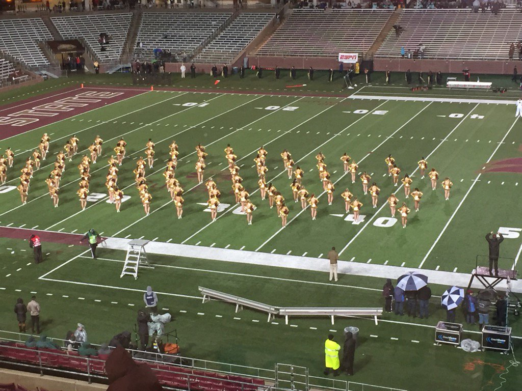 @TXSTStrutters are the real MVPs in this cold and rain!