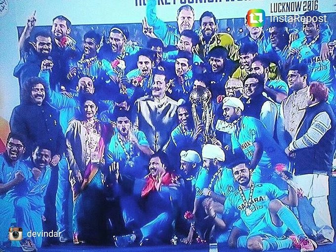 Champions! Congratulations @TheHockeyIndia ,boys and all you ppl who love and support Hockey . Bravo ! #JHWC2016 #indiaVsBelgium #Golditis https://t.co/eF46xJPIqQ