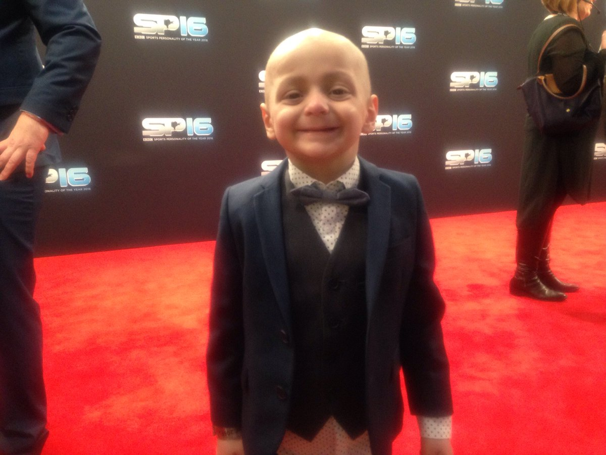 Good to see this lad on the Sports Personality red carpet - a special invite for terminally ill 5yo Sunderland fan Bradley Lowery #SPOTY