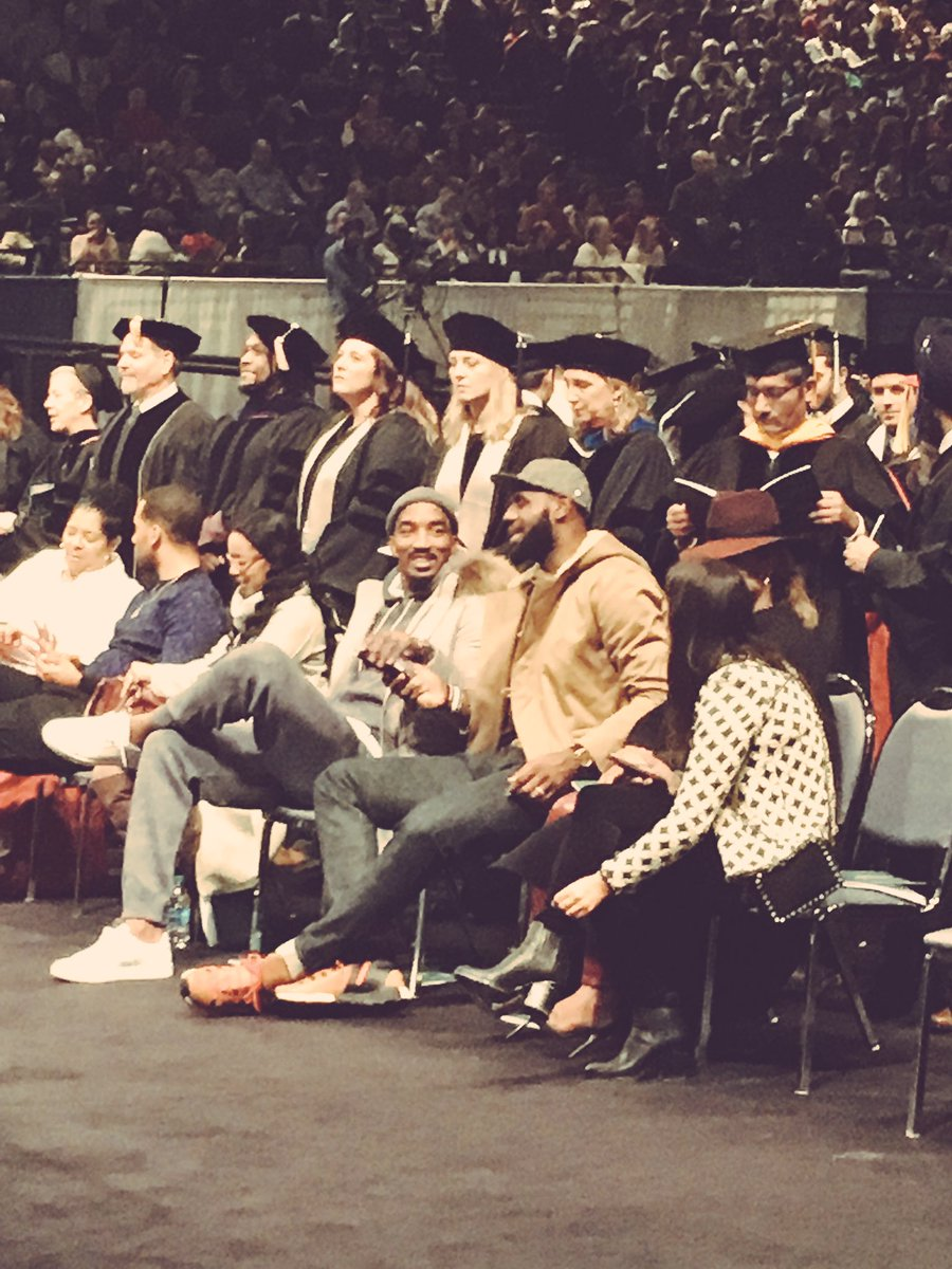 .@KingJames & @TheRealJRSmith are in the house. #CLEstate16 https://t.co/4wDcn51lUi