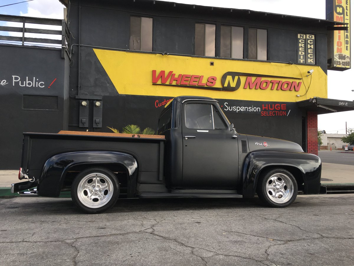 Wheels N Motion On Twitter 1955 Ford F100 With 2 Tone Paint 18 Suspension American Racing Americanracing Hotrodmagazine Fordcanada Cccars Hotcarstv
