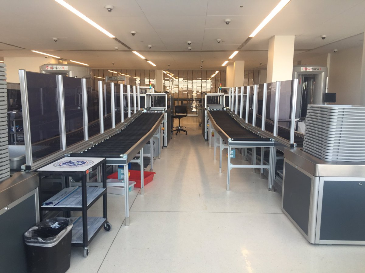 More automated screening lanes open in #EWR to better serve our passengers thru increased efficiency & security! #dcnailedit @united