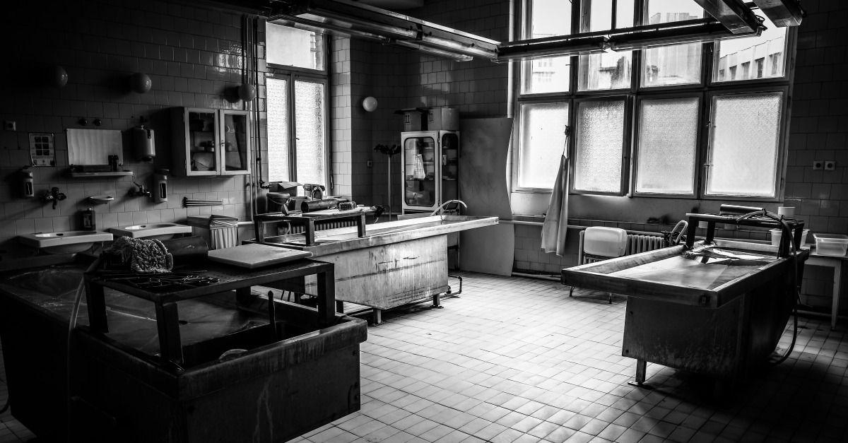 what is a morgue assistant