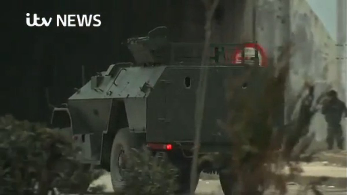 الجيش السوري يحصل على مدرعات BPM-97 vystrel Cz1RM6SWIAAuip8
