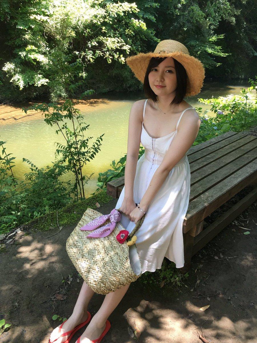 美少女の雰囲気がいい感じの岩田華怜