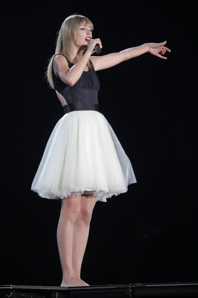 Taylor Swift Polls On Twitter Which Red Tour Outfit Vote Below Taylorswift Swifties Red Treacherous Redtour Taylorswiftnow