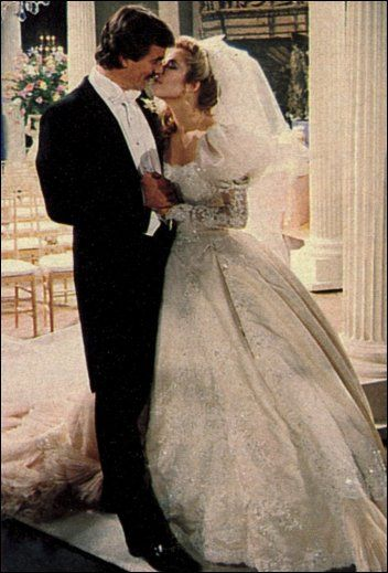 Set Your DVRs, #YR Fans! Soap to Re-Air Victor and Nikki's 1984 Wedding on 12/30! https://t.co/3OlXplbMCV https://t.co/4xedTRQwPb