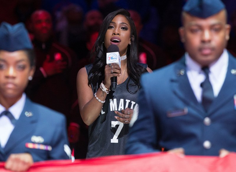 Sevyn Streeter finally sang the national anthem for the @Sixers https://t.co/SW5eEniOxx https://t.co/sQtfQLOC6S