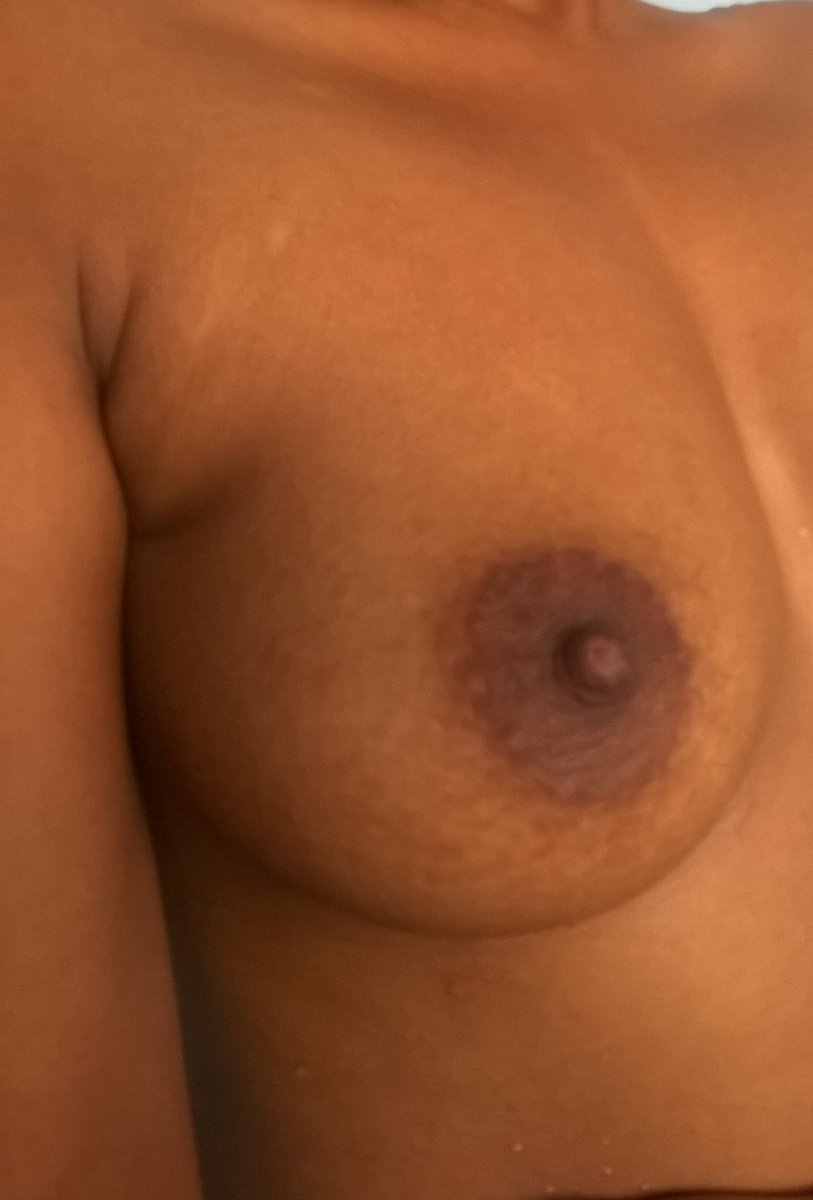 Nude Selfie 9856