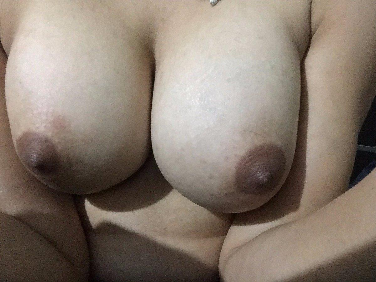 Nude Selfie 9860