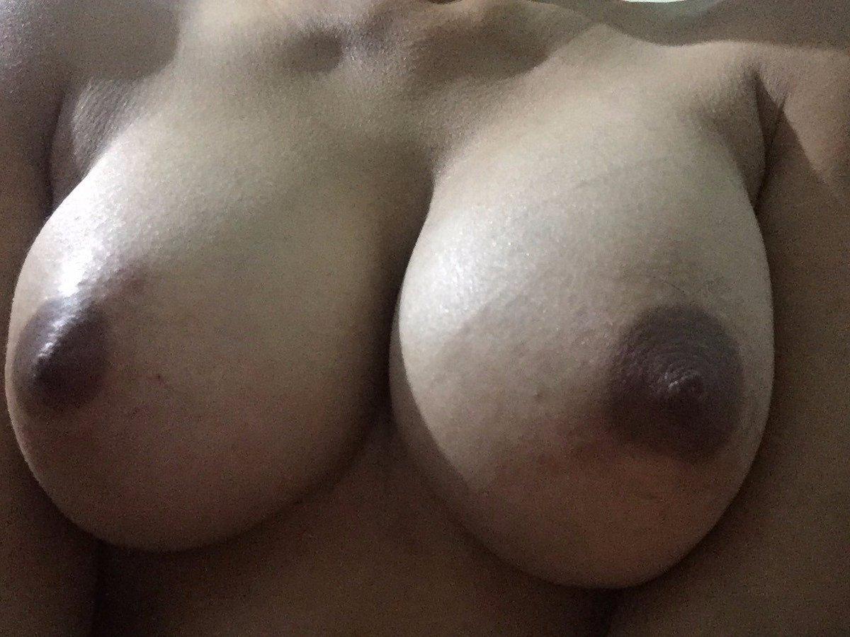 Nude Selfie 9862