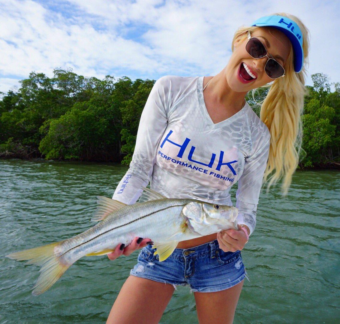 Brooke thomas brooksteronline twitter for Brooke thomas fishing