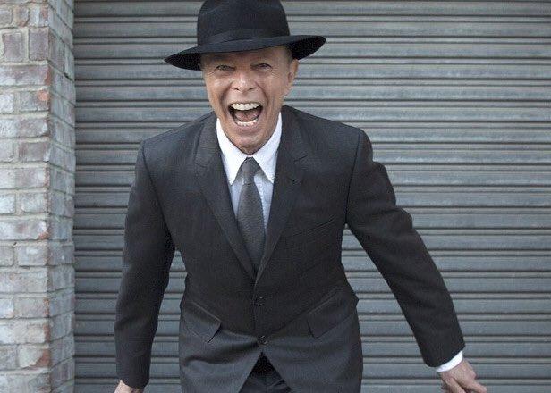 Drowned in Sound names David Bowie's ★ album of the year https://t.co/0P4I1HW7PD #DavidBowie #bestof2016 https://t.co/GjafUhSj0k