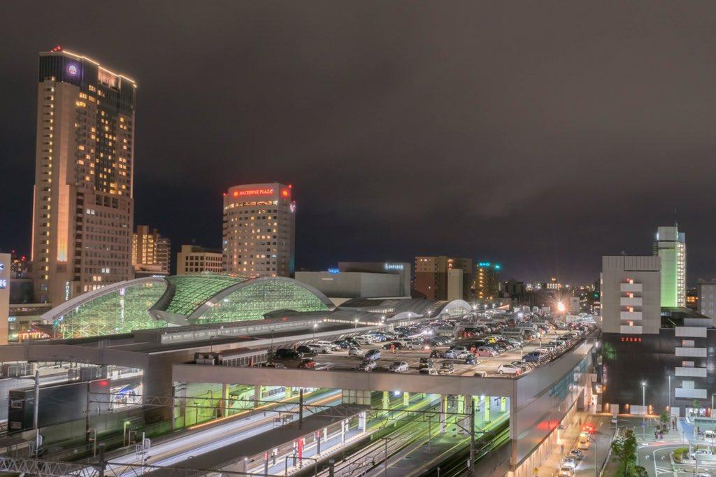 金沢の都会っぽく見える夜を4枚貼ってみました。  #金沢 #kanazawa https://t.co/9Gty34ViP5