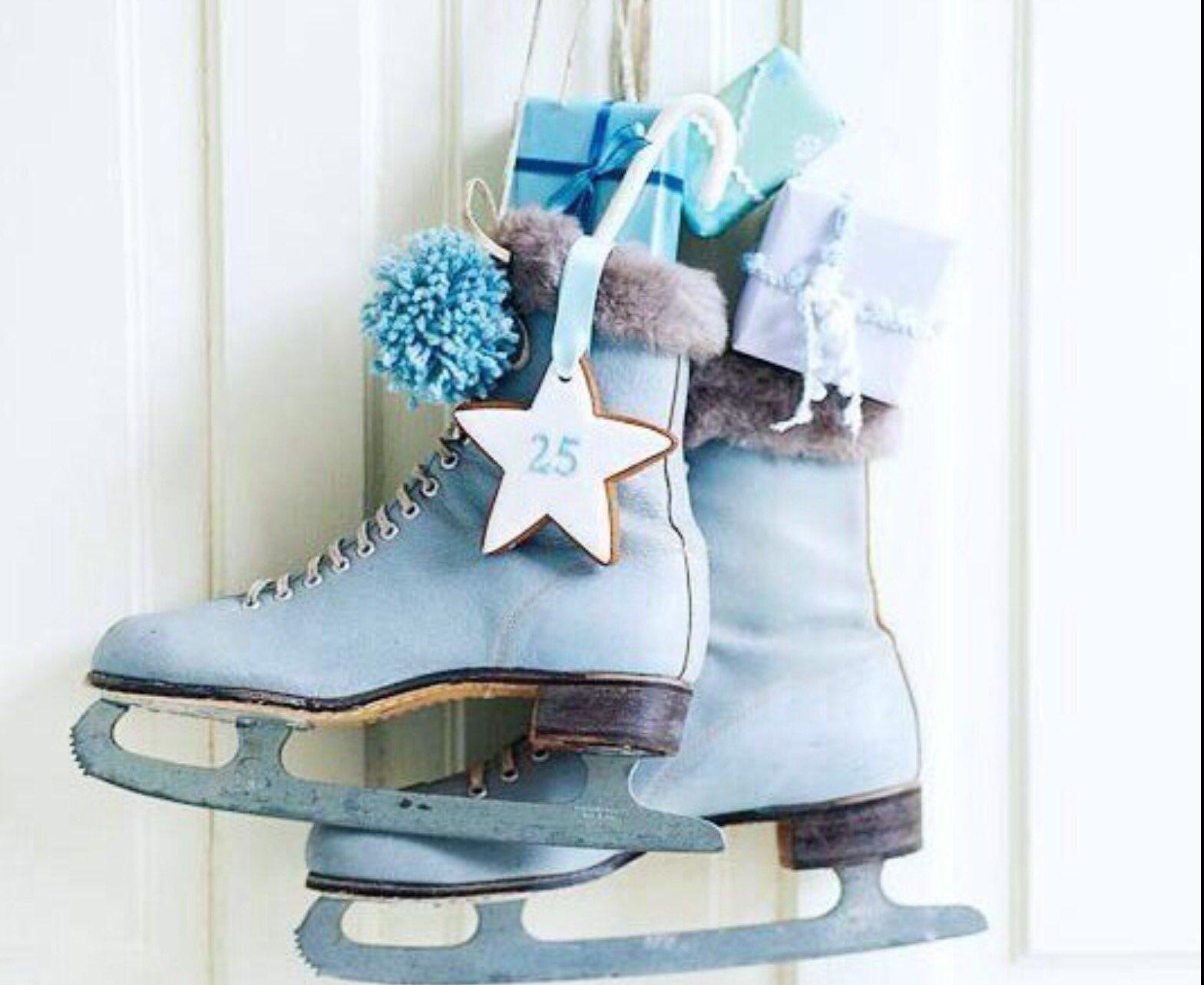 новогодние картинки с коньками делом собранные