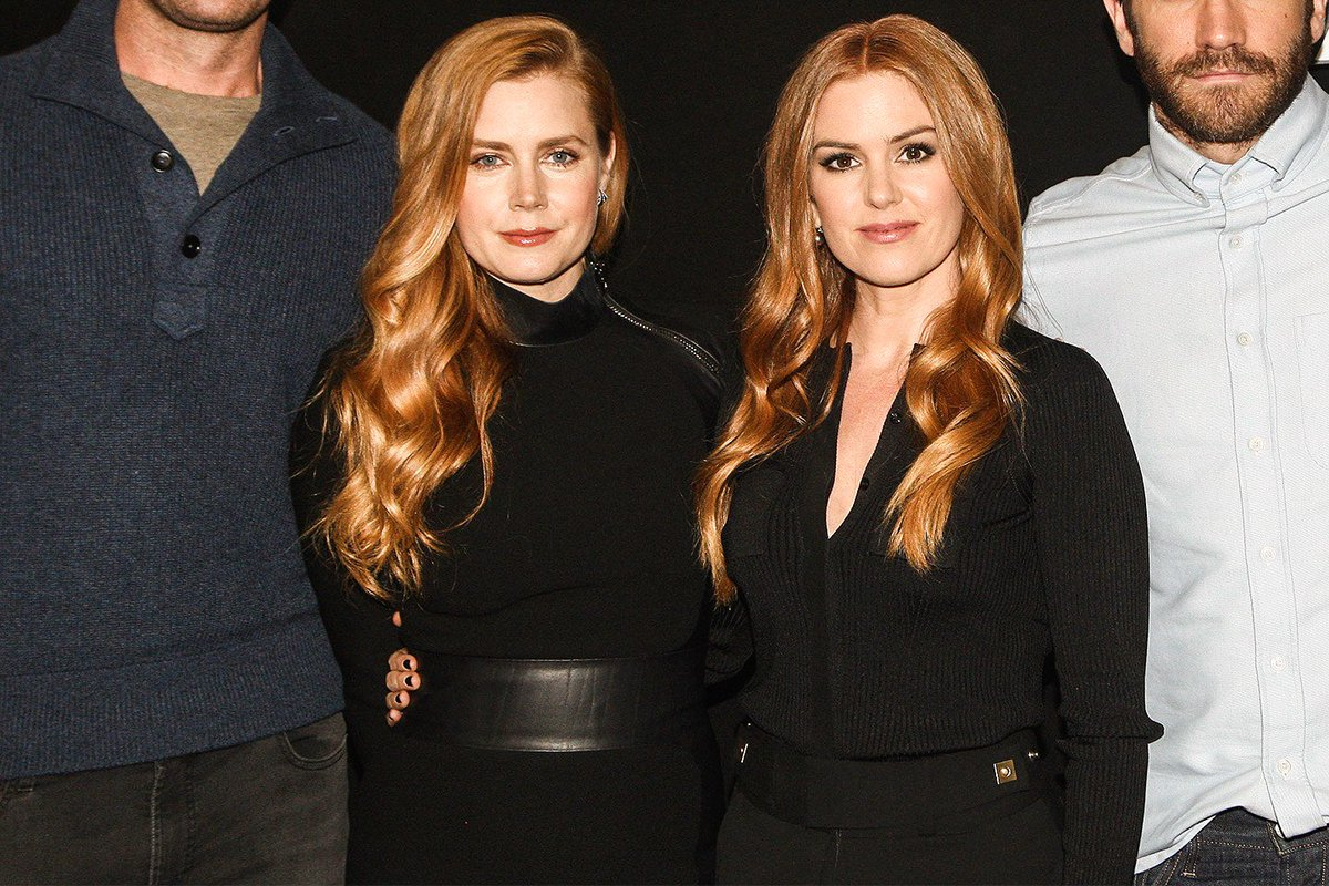 Amy Adams Nude In Nocturnal Animals amy adams isla fisher : tickled nocturnalanimals ads footage
