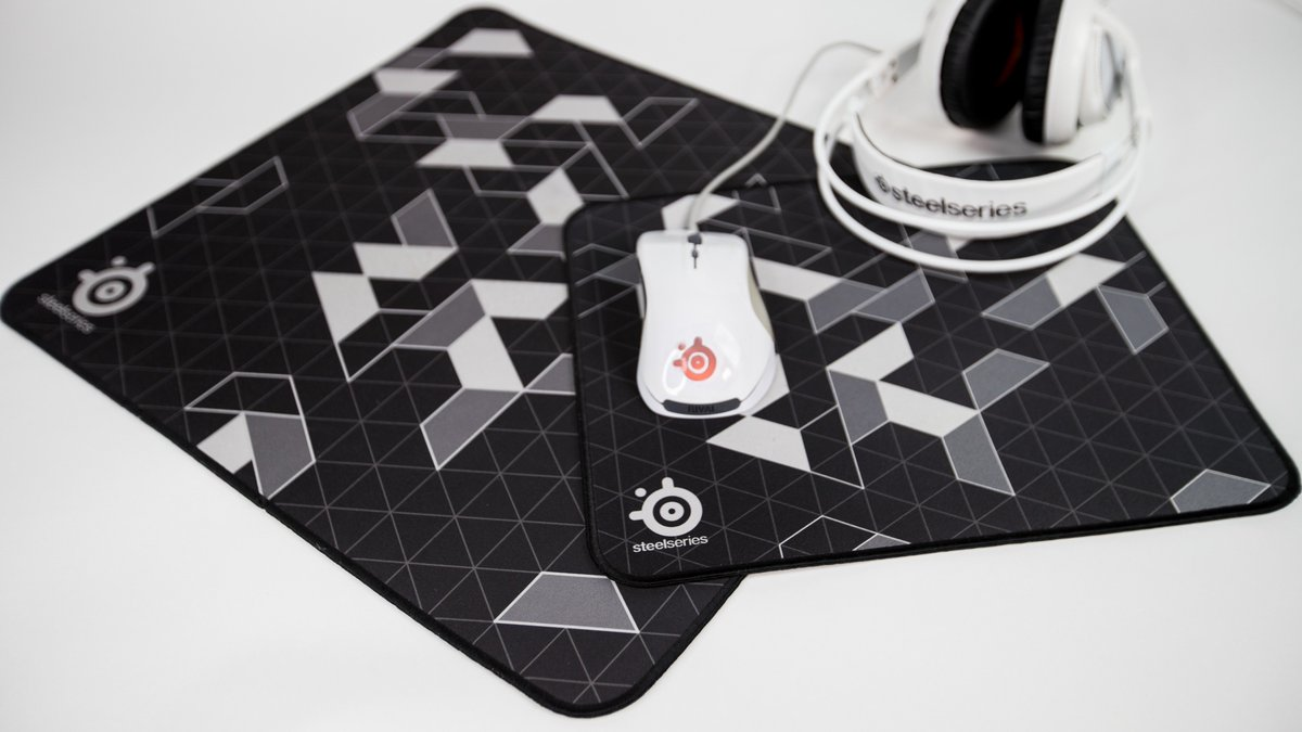 Qck Hashtag On Twitter Steelseries Mousepad Black 7 Replies 39 Retweets 108 Likes