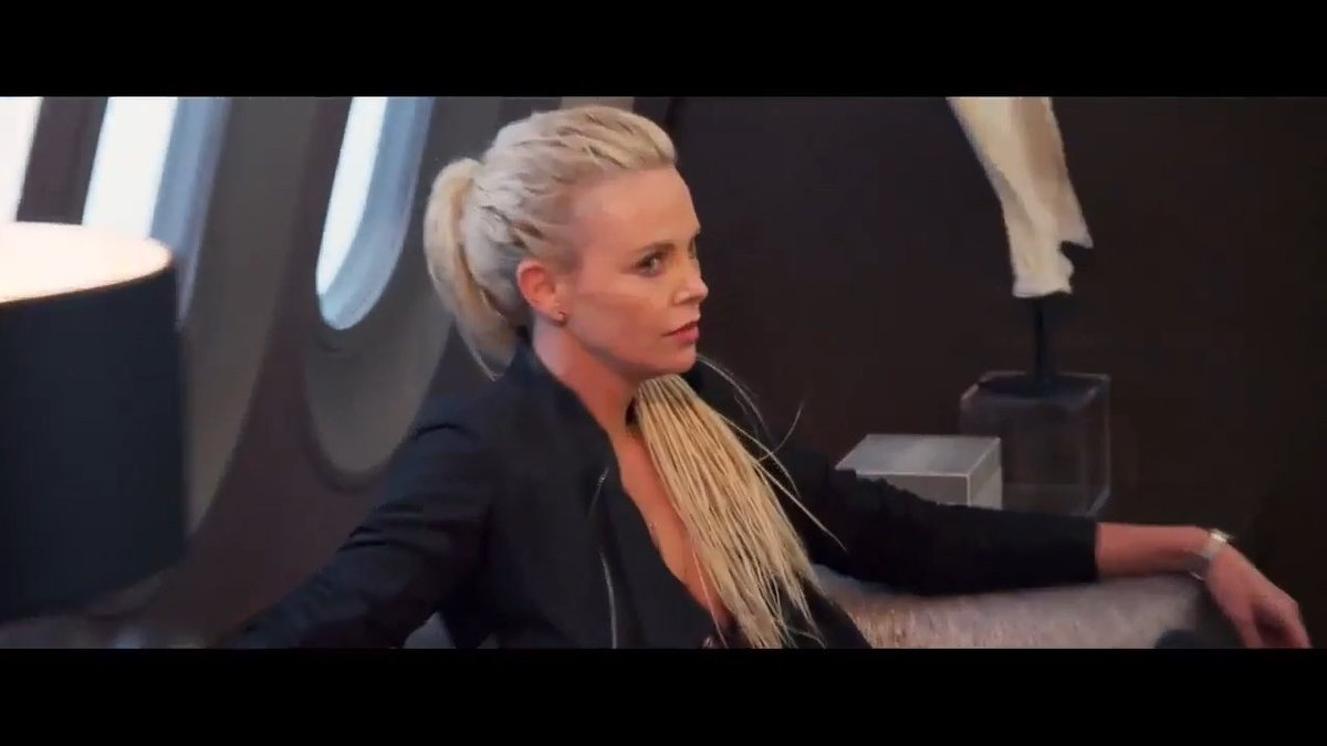 lady charlize theron on twitter le 11 d cembre premier trailer de fast furious 8 https. Black Bedroom Furniture Sets. Home Design Ideas