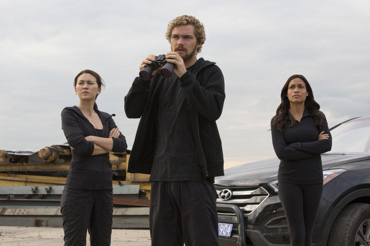Iron Fist/Netflix Showrunner Scott Buck (Six Feet Under, Rome, Dexter) - Page 2 CzBB5EDWQAIS1A7