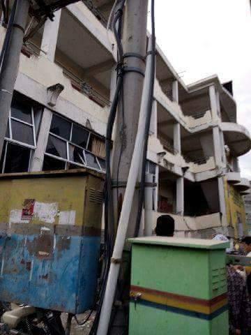 Sekolah Tinggi Agama Islam Al-Aziziyah, Dayah Mudi Mesra Samalanga, Bireuen, Aceh  roboh akibat Gempa. (7/12) https://t.co/zMFI8TT9hS