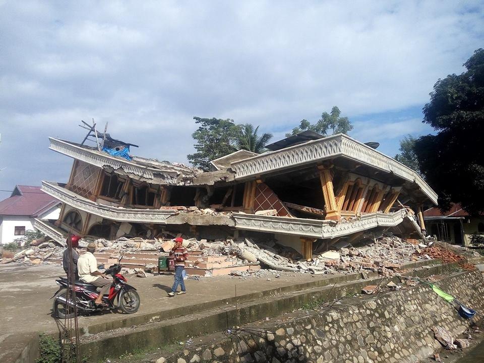 Foto Terremoto Sumatra Indonesia 7 dicembre 2016