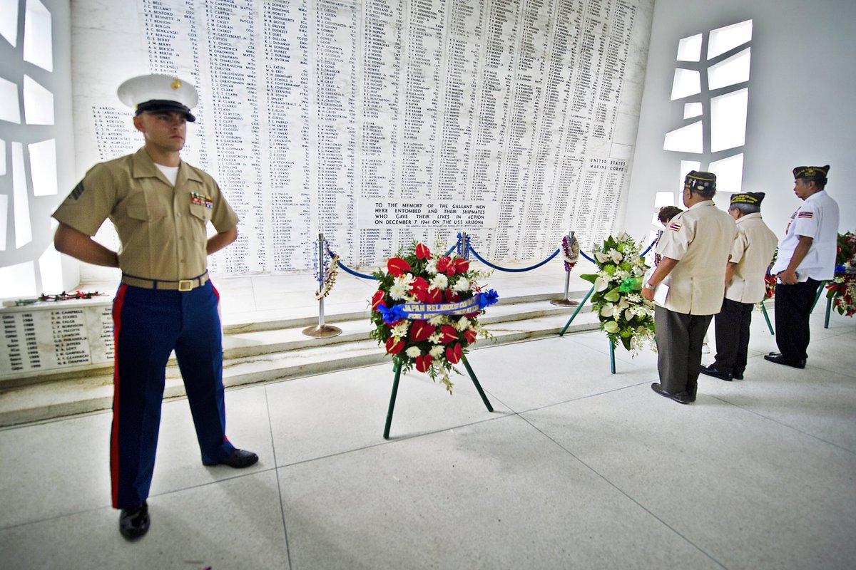 We always remember and we always honor those who served and sacrificed.  #PearlHarbor - Never Forget https://t.co/a8lj4sQPvF