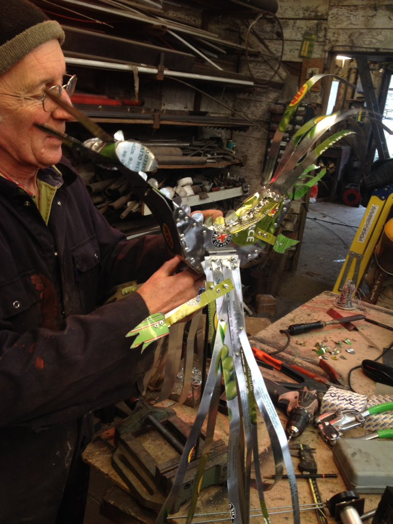 Working with Tim Hunkin on our #sculpture for #TheIronMan @Unicorn_Theatre https://t.co/dMkkCG7vFD
