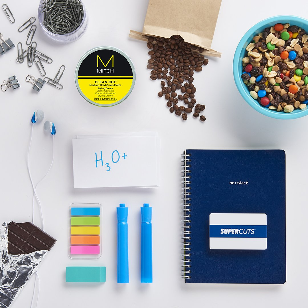 Make #FinalsWeek a little less stressful with this care package on us. Just RT & follow for a chance to win! https://t.co/QmmdctJ6kJ