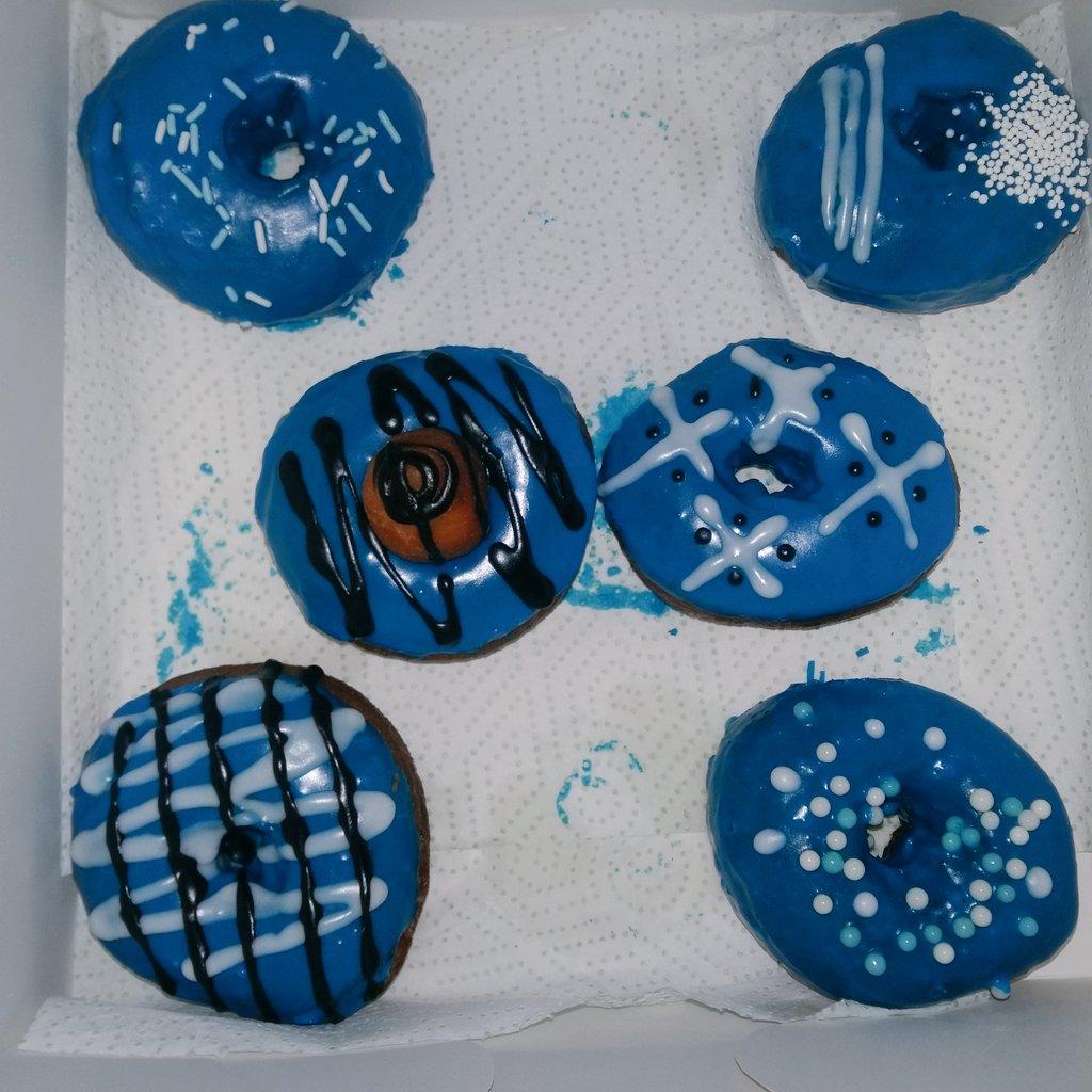 Say hello to blue   #DoughnutsOnly #AbujaOnly Pls RT <br>http://pic.twitter.com/xpC3iWs0n1