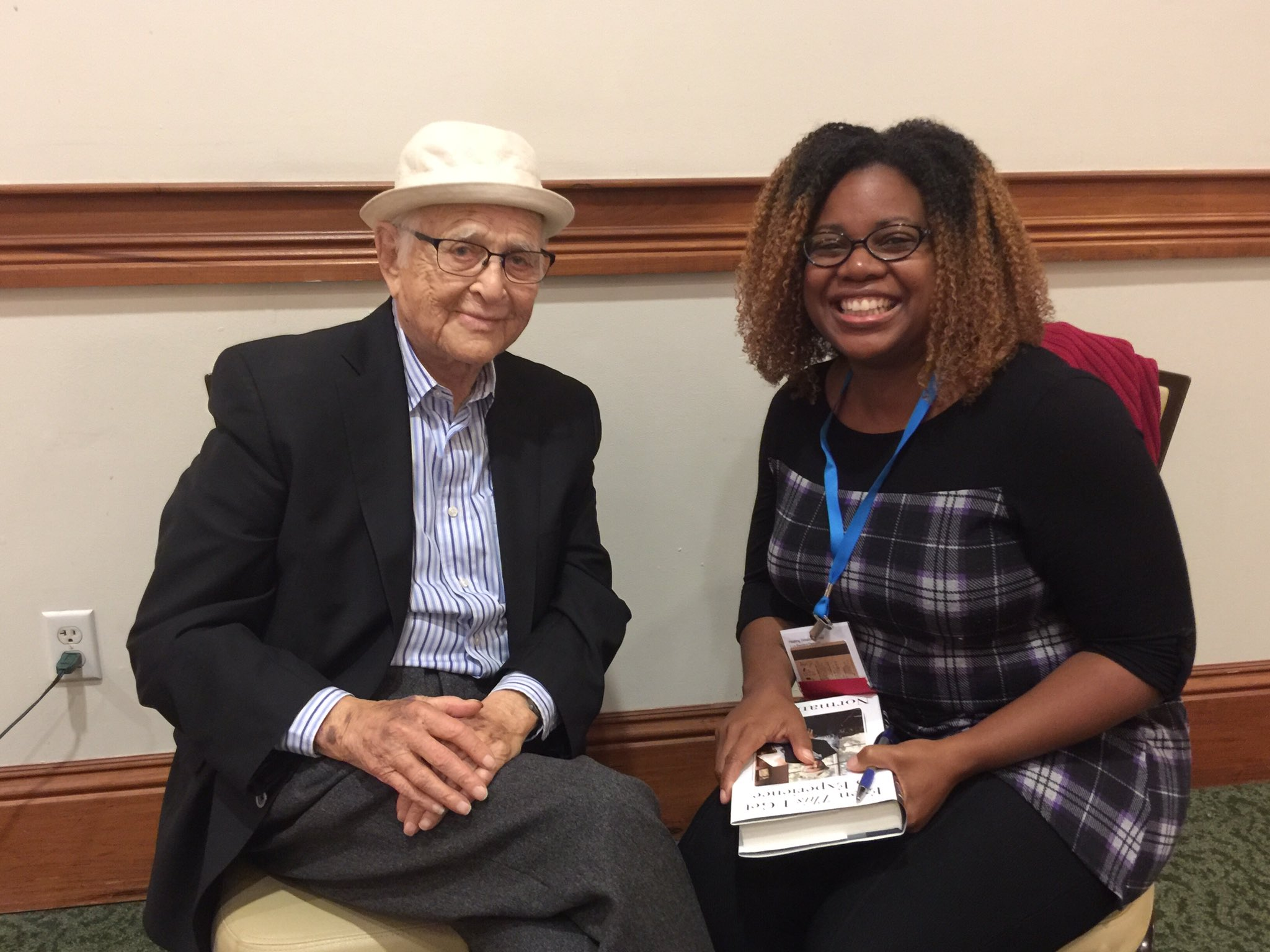 Norman Lear impacted decades of racial narrative through entertainment. Just a delight. And he said I had a beautiful smile. #TRHT https://t.co/tZgh7OasG5