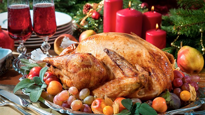 Where to have Christmas dinner in Hong Kong. Read more: https://t.co/5hbd2zXDir https://t.co/CW12x7TqeR