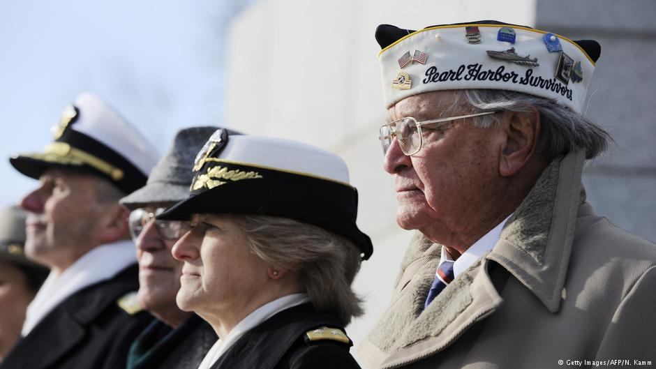 US marks 75th anniversary of #PearlHarbor https://t.co/2iAzKnS2rJ  #PearlHarborRemembranceDay #Pearl75