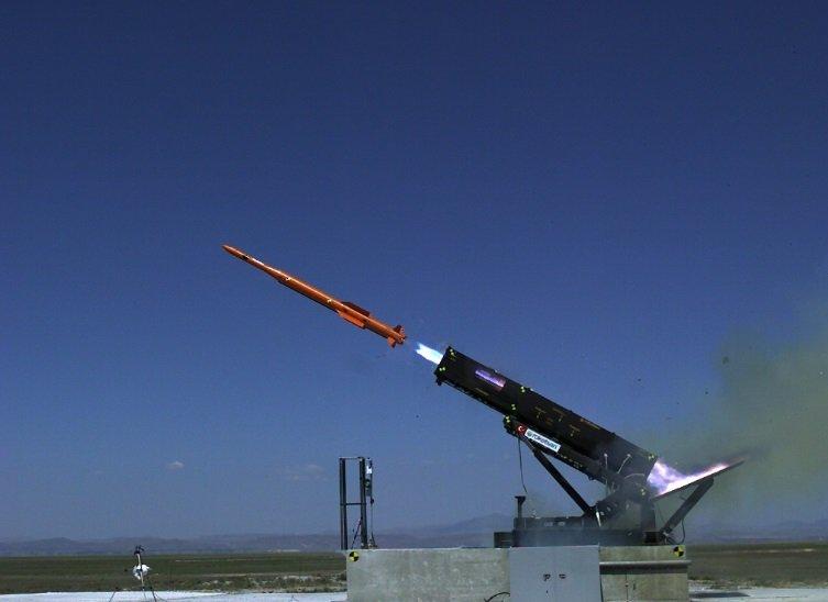 """تجربة تركية ناجحة لإطلاق صاروخ """"حصار"""" أرض جو متوسط المدى CzJRVclUAAAmpHs"""