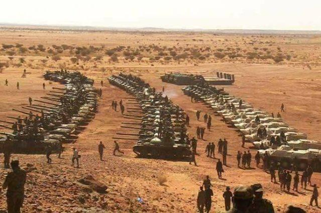 الرئيس السوداني يؤكد على مضي بلاده لبناء أقوى جيش في المنطقة CzJTPSHUoAARnhE