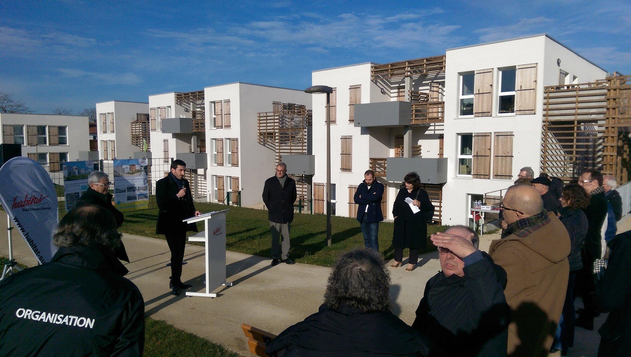 Inauguration de 81 logements sociaux aux Sablières @NiortAgglo @Mairie_Niort #InvestirPourLesQuartiers #HSDS #MixitéSociale https://t.co/cISDAm6PXh