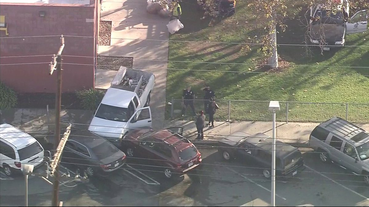 THIS JUST IN: Police chase in South LA ends in crash near Hoover and 88th; suspect in custody