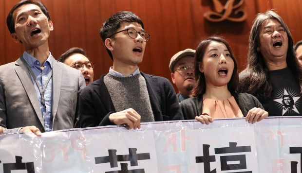 Success of four Hong Kong lawmakers facing expulsion will rest on oath solemnity, say legal