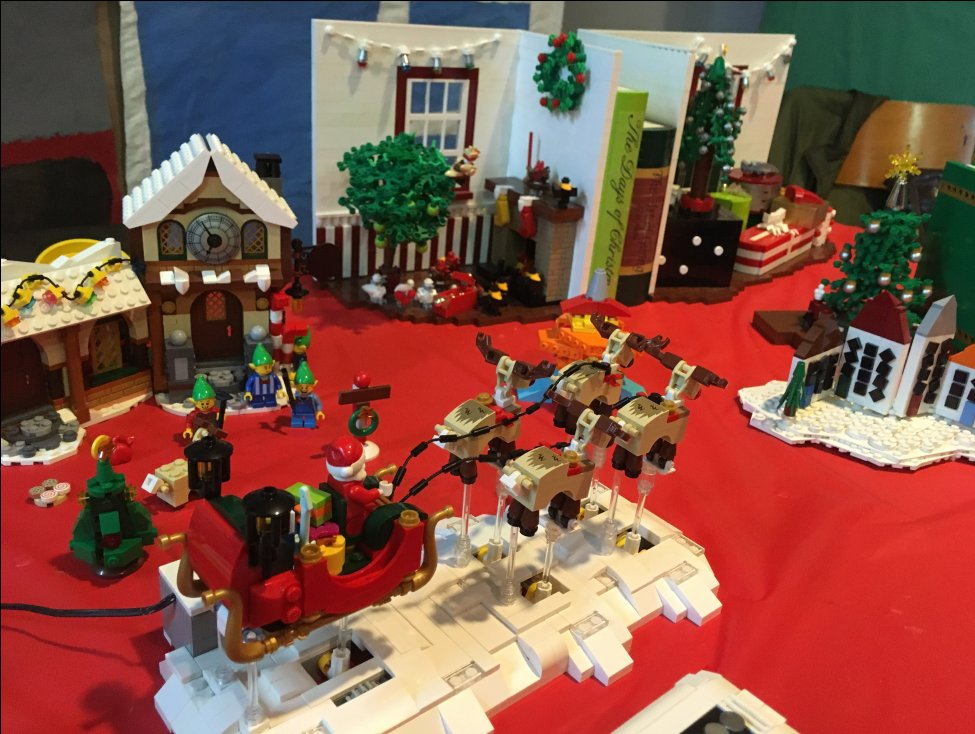 denmark in canada on twitter christmas decorations from the danish christmas party are of course made of lego danishclubottawa