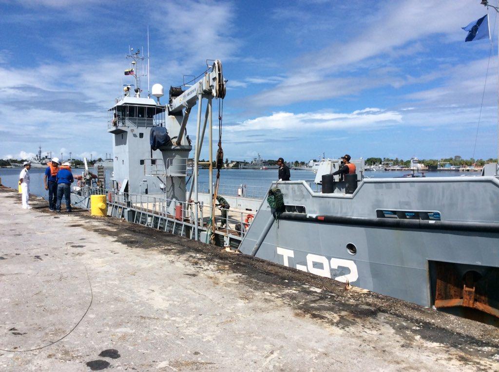 Escuadrón de buques anfibios y servicios - Página 25 CzKzepgXAAETaTY