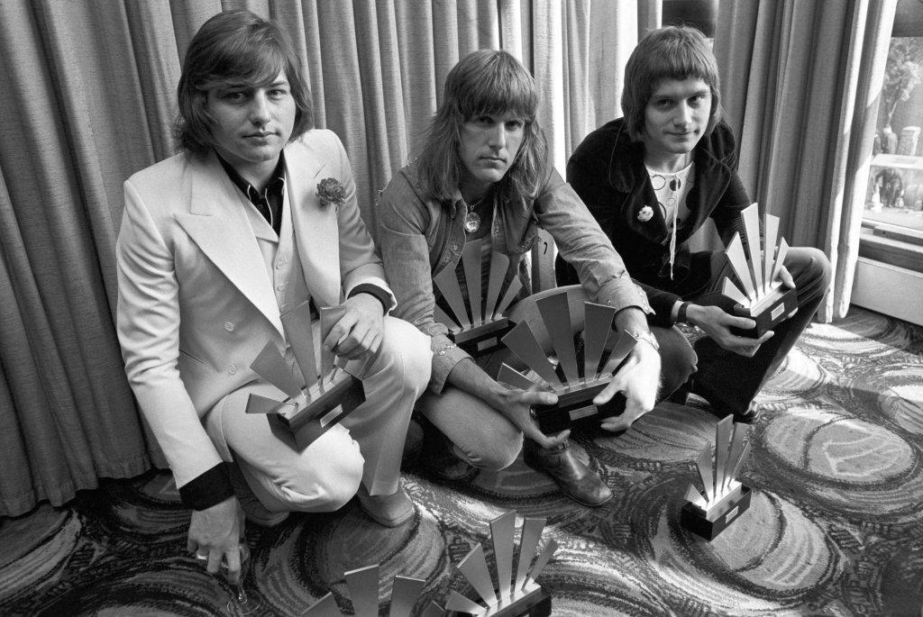 Greg Lake dies; co-founded Emerson, Lake and Palmer and King Crimson