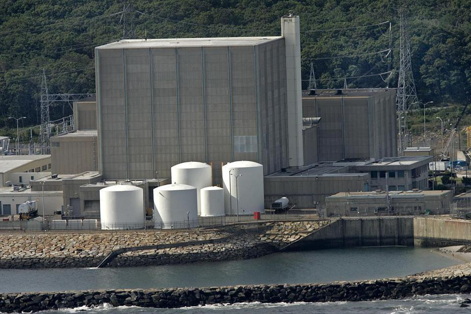 Internal Nuclear Regulatory Commission memo cites safety issues at Pilgrim plant
