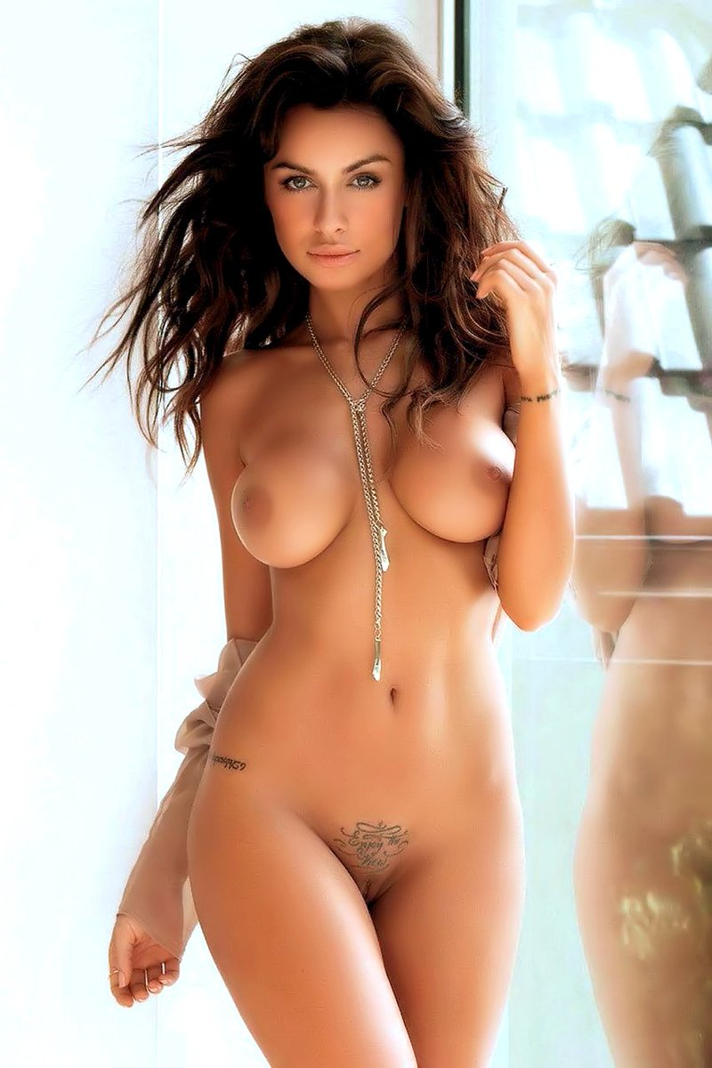 sexy-hot-half-naked-women