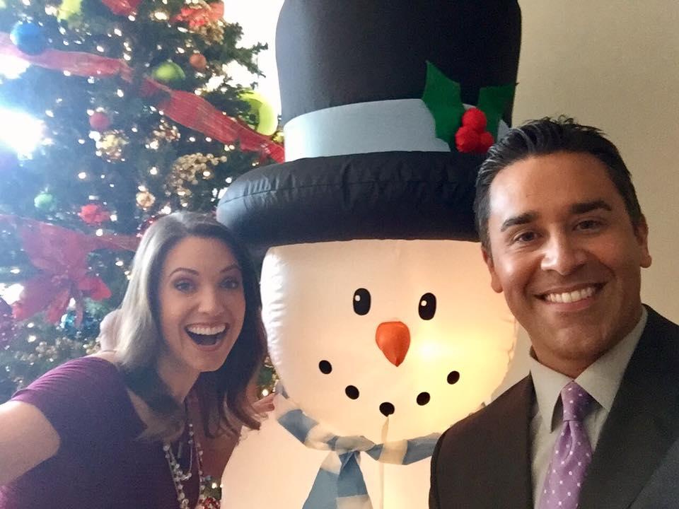 Look who @10NewsJason and I ran into at the @10News station -- FROSTY! Happy Holidays!