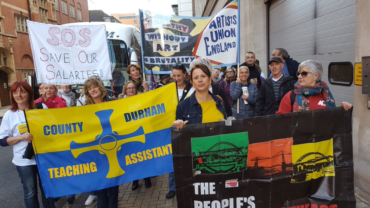 It's an important job. It has a salary. And a contract. No to @DurhamCouncil pay cuts for @TAs_Durham #FightingOn https://t.co/Yw8hSyEgPI